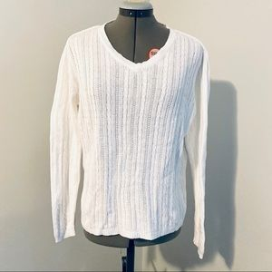 GAP white cotton cable knit v-neck sweater M
